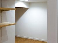 子育て世代の住まい 階段下収納